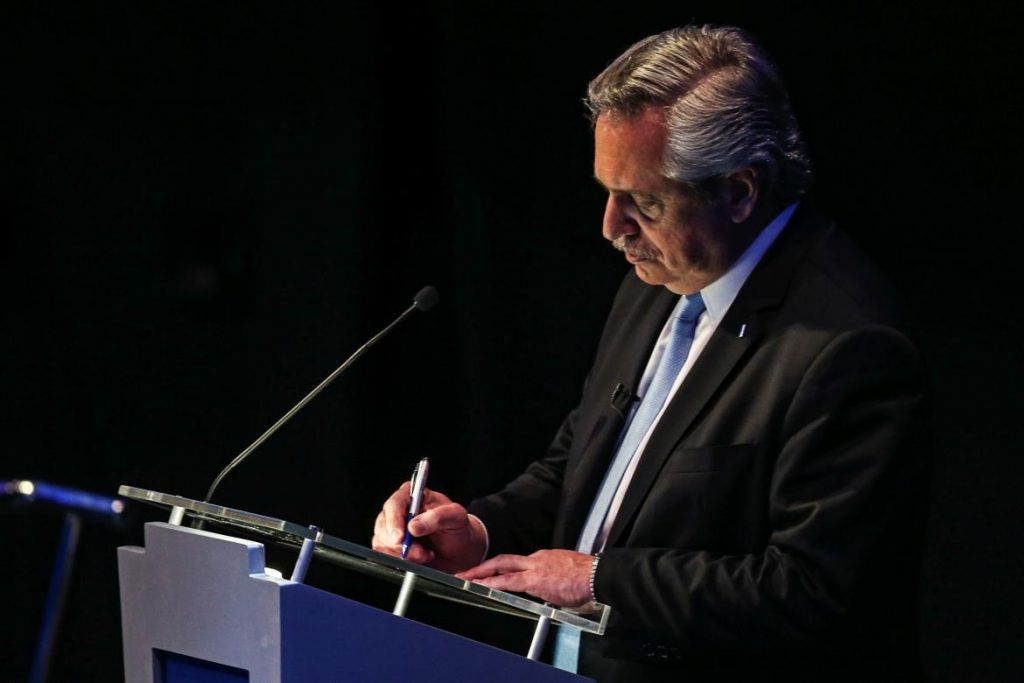 Alberto Fernández en el debate presidencial